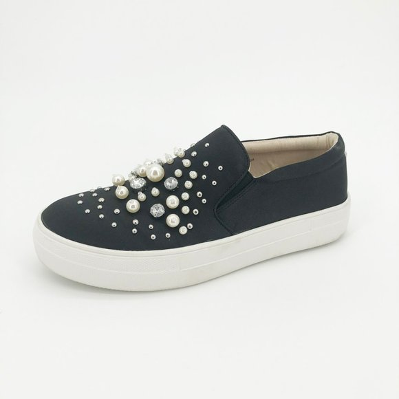 Glamour Fashion Sneakers Pearl Bead